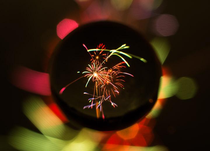 宙玉で打ち上げ花火を撮ると